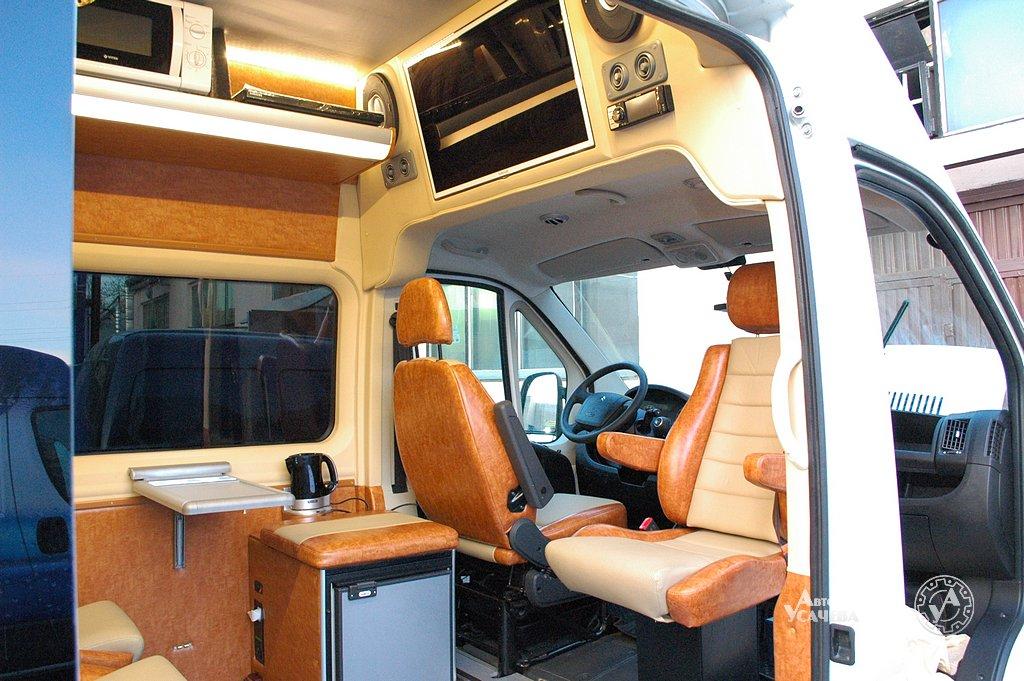 Как переделать микроавтобус в дом на колесах своими руками 783
